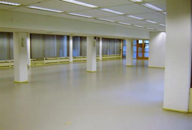Portfolio polyurethaan gietvloer bedrijfshal system floors
