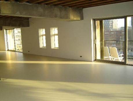 Polyurethaan gietvloer in appartement